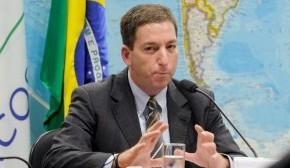 """À Rádio Guaíba, Greenwald diz que Governo Temer """"não tem legitimidade nenhuma nomundo"""""""