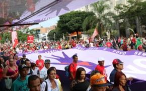 Diversas cidades do Brasil e do mundo vão às ruas hoje pelo 'ForaTemer'