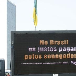 SONEGAÇÃO DE GRANDES EMPRESÁRIOS E MILIONÁRIOS PASSA DE R$ 900BILHÕES