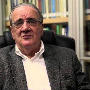 """Belluzzo em entrevista: 'É primária' ideia de que golpe restabeleceria a confiança"""""""