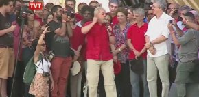 Lula agradece Ciro Gomes pela transposição do SãoFrancisco