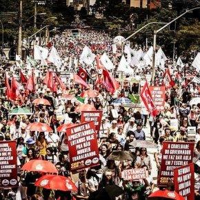Frente Brasil Popular lança calendário nacional de luta contra políticas deTemer