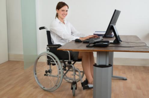 Oemprego-para-a-pessoa-com-deficiência-825x542