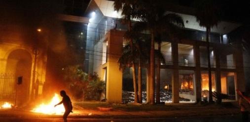 incendio_congresso_paraguai