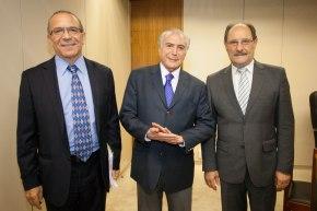 Por que Sartori não quer saber a opinião do povo sobre a venda da CEEE, CRM e SULGÁS???