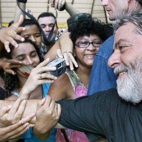 Moro  condena Lula para desviar foco de atentado cometido contratrabalhadores