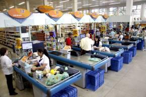 Temer quer tirar até direito  feriados dos trabalhadores emsupermercados