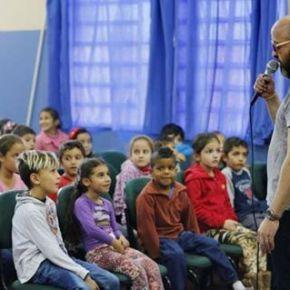 Em São Leopoldo palestras de Carpinejar contra Bullyng nas escolas sofrebullyng