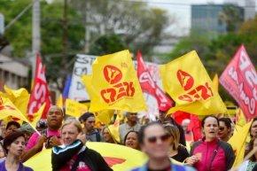 Justiça Decide: Sartori não pode cortar ponto de Professores emGreve