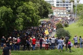 Primeiro dia de greve dos municipários de Porto Alegre tem forte adesão deservidores
