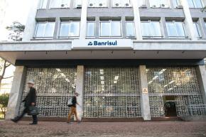 """BANRISUL: """"venda do futuro do Rio Grande"""" é """"negócio da China"""" para capitalistas e desgraça paragaúchos"""