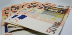 'Bolsa Família' da Itália entra em vigor em 1º dedezembro