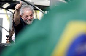 Ao Vivo, assista o Ato Abertura da Caravana pelo Espirito Santo e RJ#LulaPeloBrasil