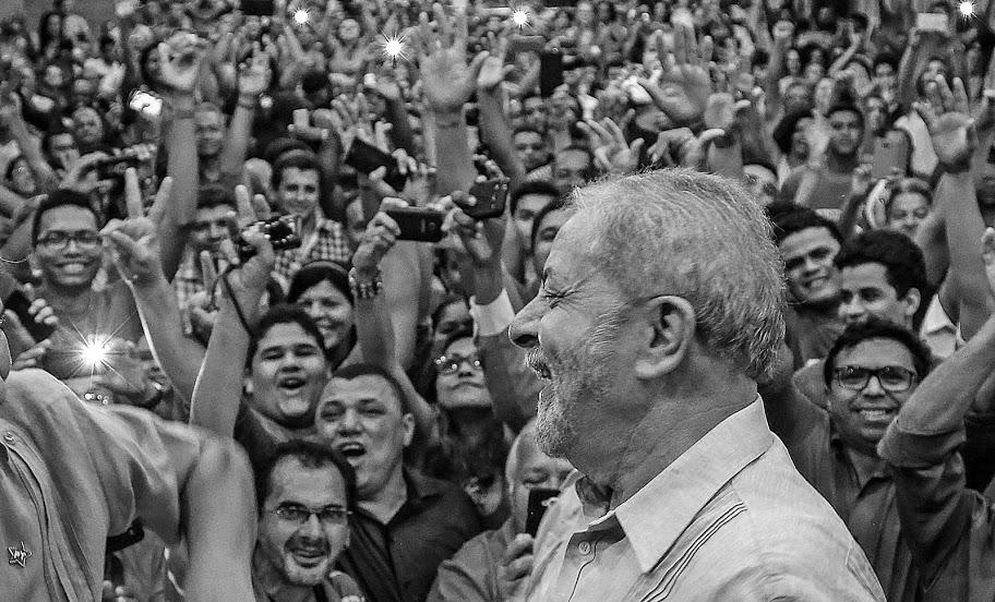 A DEMOCRACIA E A MANIFESTAÇÃO DO DIA 24/01 – Por Moisés Mendes — Luíz Müller Blog