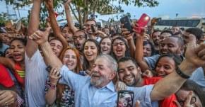Porto Alegre em 24/01/2018 – O lugar dos que lutam por justiça, soberania e contra o golpe é ao lado deLula