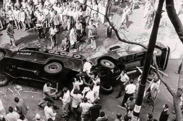 Rebelião popular em 1954 identificou a grande mídia como responsável pelos acontecimentos