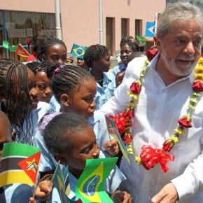 Judiciário sequestra Passaporte de Lula para evitar que ele vá aÁfrica