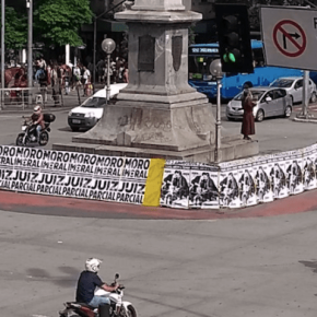 Cartazes desmascaram relações de Moro com o Tucanato nas ruas de BeloHorizonte