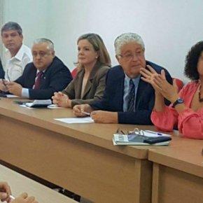 Partidos lançam frente em defesa de Lula candidato e contrareformas
