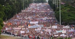 Milhões de cubanos legitimam nas urnas a democracia socialista naIlha