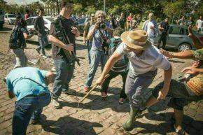 A  violência fascista atacou e fez vítimas entre jovens Estudantes e mulheres que foram verLula