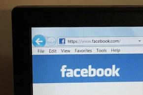 """Facebook enfraquece o debate político no Brasil"", afirma professor daPUC"