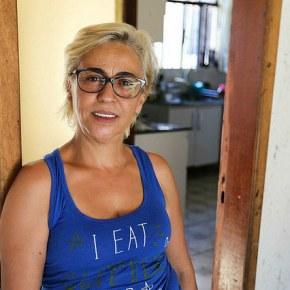 Solidariedade Vizinha do acampamento #LulaLivre transforma quintal de casa em cozinhacomunitária
