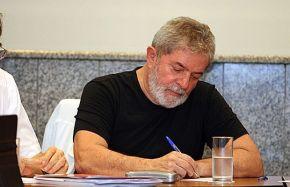 Lula escreve no Le Monde: Por que eu quero voltar a serpresidente