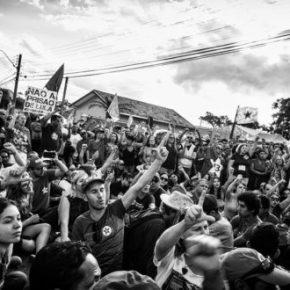Vigília #LulaLivre publica nota após sofrer novo ataqueterrorista