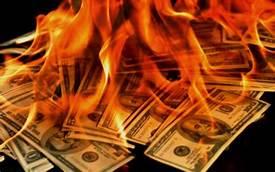Queimando dólares das reservas internacionais para apagar ofogo?