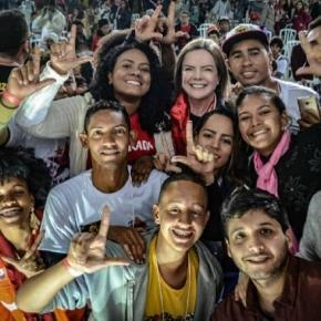Por que 1.200 jovens acampam em Curitiba para debaterpolítica?