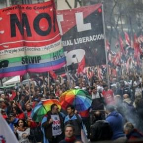 Greve na Argentina paralisou o país contra Macri e oFMI