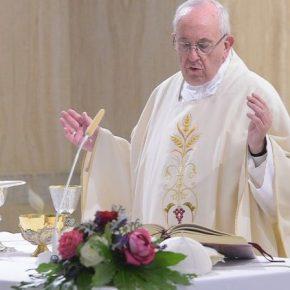 """Papa reafirma: """"as ditaduras começam com a comunicação caluniosa"""""""