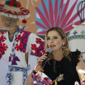 """Beatriz Gutiérrez Müller propuso poner fin a la idea y concepto de """"primeradama""""  — La pupilainsomne"""