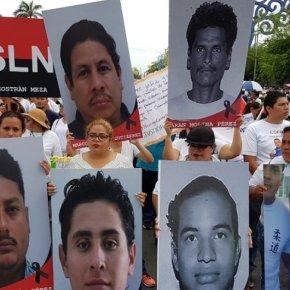Grande ato de Solidariede Latino Americana a Nicarágua e a FSLN em Santiago doChile