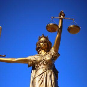 OAB nega registro de escritório como 'Sociedade de Advogados eAdvogadas'