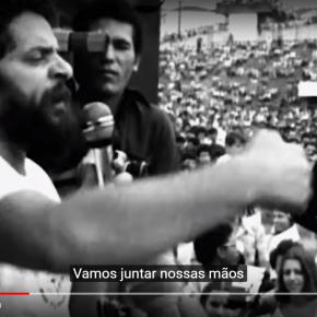 """You're Not alone (""""Você não está sózinho""""-Clipe Musical em defesa da democracia e de Lula)"""