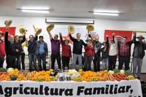 Tortelli participa do encerramento da atividade em Erechim ao lado de MiguelRossetto