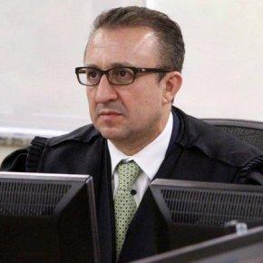 """Defesa de Favreto ironiza """"superpoderes"""" de Moro e cobra investigação contraPF"""