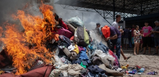 roupas queimadas venezuelanos