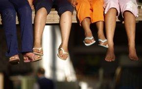 Meninas pobres da periferia de Porto Alegre são usadas como cobaias humanas pelaBayer