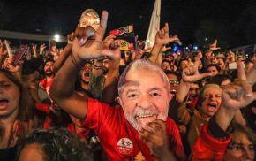 TSE proíbe uso de expressão 'Eu sou Lula' em inserção e hastag #EuSouLula vira assunto mais falado noTwitter