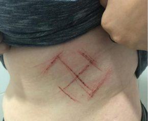 Mulher é agredida por usar camiseta com a expressão#EleNão