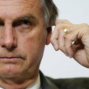 Bolsonaro esquarteja democracia em praça pública e divide espólio entre as bancadas da Bala,do Boi e daBíblia