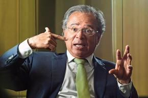 Plano de educação vai beneficiar negócios de Paulo Guedes, Ministro deBolsonaro