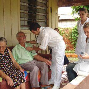 Médicos brasileiros não querem trabalhar com Saúde da Família e com pobres, mostra Estudo daUSP