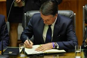 """Bolsonaro diminui Salário Mínimo de R$ 1.006,00 para R$ 998,00 pra ajudar """"empresários quesofrem"""""""