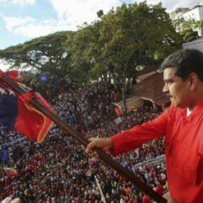 A Venezuela não cede ao golpe, e milhões saem as ruas me Defesa de Maduro e da democraciabolivariana