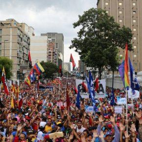 """""""Aqui tem dignidade"""", diz Maduro, Presidente da Venezuela, ao anunciar rompimento de relações com osEUA"""