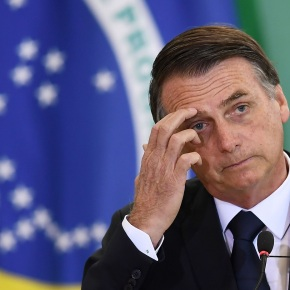 "Presidentes do Senado e do STF ""autorizaram"" Bolsonaro a intervir na Venezuela dizJornal"